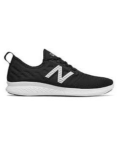 Zapatillas New Balance FuelCore Coast v4 negro plata.