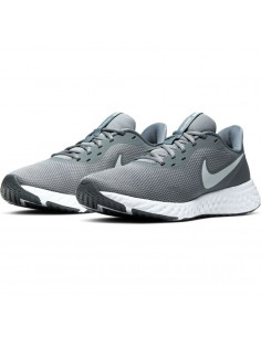 ZAPATILLAS NIKE REVOLUTION 5 COOL GREY PURE PLATINUM-DARK (BQ3204-005).